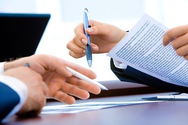 Podpisanie umowy opracę